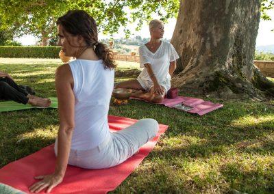 Yoga dolce al Castello di Cafaggio